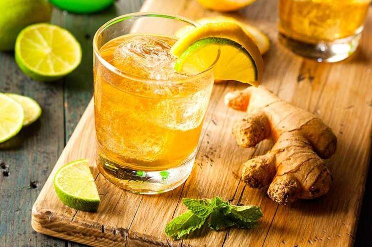cocktail con lo zenzero
