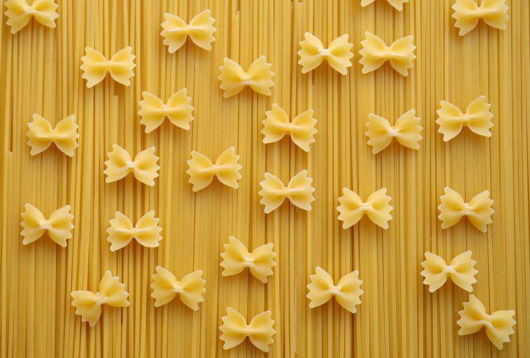 Farfalle e spaghetti biologici