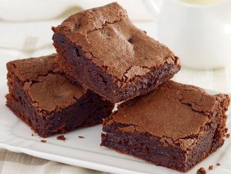 Pezzi di torta al cioccolato