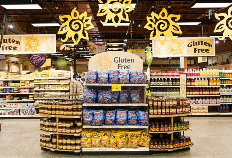 Scaffale dedicato ai prodotti senza glutine