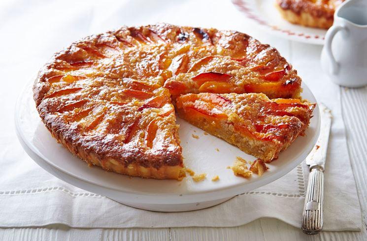 Crostata senza glutine alla marmellata di albicocche