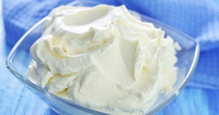 Una coppa di crema al mascarpone