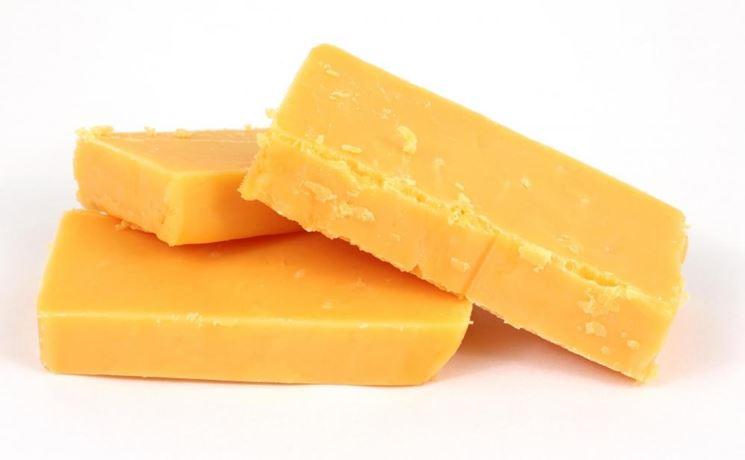 Formaggio cheddar a basso contenuto di lattosio
