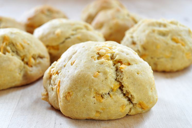 Biscotti vegani con cheddar