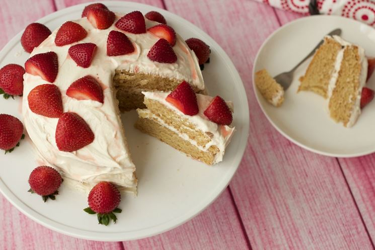 Torta vegana con fragole